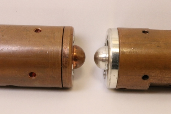 Dissimilar Contact Pairs for Electronic Switches